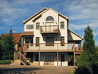 Skiers rejoice at Westwind! This homey chalet is a quick walk- or ride- to the
