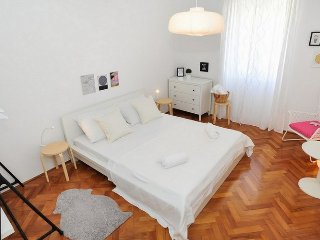 Feel Center Zadar - Superior apt old city - 4p