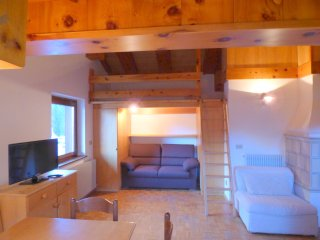Ski Condo Near Sellaronda Lift- Perfect Location!, Alba di Canazei