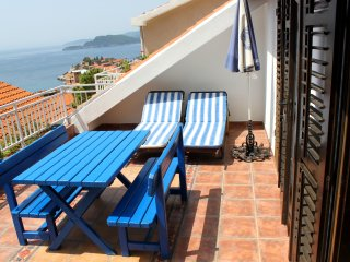 Sveti Stefan/ two bedroom apartment with terrace and sea view/5 persons