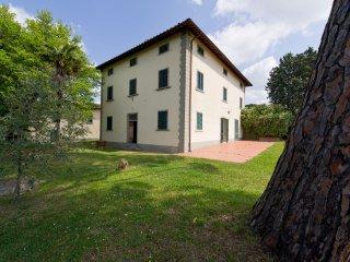 Villa il Pino: nel cuore del Chianti, al crocevia delle citta d'arte