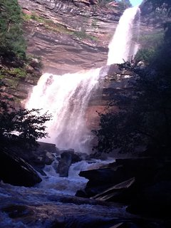 Easy access to Kaaterskill Falls.
