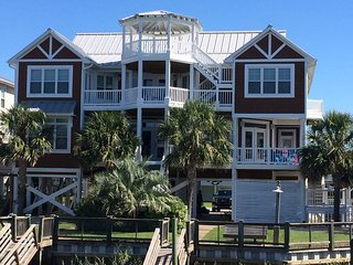 Waterfront, Heated Pool - Luxury - 9BR - Tiki Bar, Ocean Isle Beach