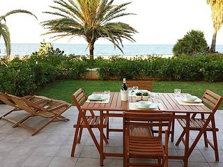"""Apartment right near the """"Playa Sorts de Mar"""" in Dénia with Internet, Air"""