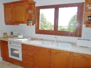 Villa in Calp with Internet, Air conditioning, Parking, Terrace (106129)