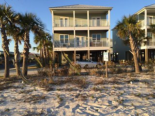 Beautiful 6BR beach home, pool, water park
