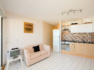 Apartment in Canet-en-Roussillon with Lift, Washing machine (110779)
