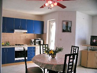 Apartment in Banj with Terrace, Air conditioning, Parking, Garden (121991)