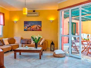 Villa in Chania with Air conditioning, Internet, Parking, Balcony (139843), Chania Town