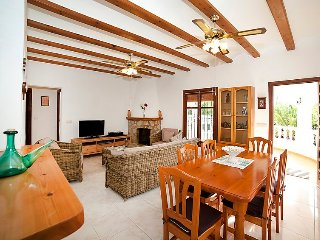 Villa 767 m from the center of Calp with Internet, Parking, Terrace, Washing