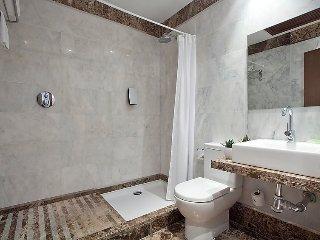 "Apartment right near the ""Playa de Guadalobon"" in Estepona with Internet, Air"
