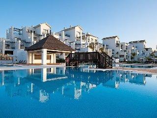 "Apartment a short walk away (253 m) from the ""Playa de Bahía Dorada"" in"