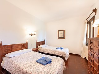 Villa 728 m from the center of Calonge with Internet, Parking, Terrace, Washing