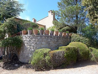 Villa in Fréjus with Internet, Air conditioning, Parking, Terrace (323604)