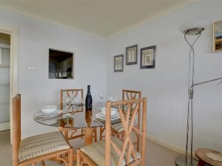 Apartment in Brighton with Internet, Parking, Balcony, Washing machine (338094)