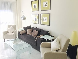 """Apartment a short walk away (145 m) from the """"Playa Bella"""" in Estepona with"""