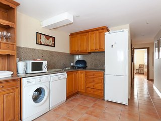Villa in Dénia with Internet, Air conditioning, Parking, Terrace (345418)