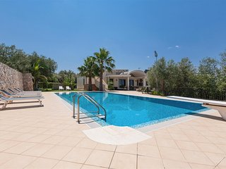 629 Luxury Villa with Pool in Casarano