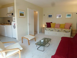 Apartment in Benerville-sur-Mer with Lift, Parking (494636)