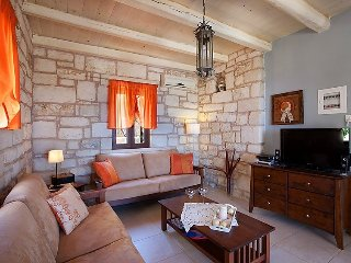 Villa in Chania with Air conditioning, Internet, Parking, Balcony (511059), Drapanos