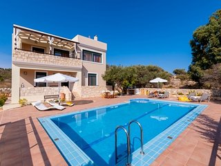 Villa in Chania with Air conditioning, Internet, Parking, Balcony (517635), Chania Town