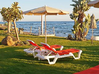 """Apartment a short walk away (231 m) from the """"Playa Bella"""" in Estepona with"""