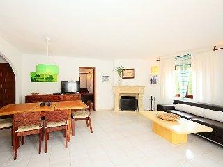 Villa in Calp with Internet, Parking, Terrace, Washing machine (90463)