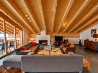 The double height in the living room provides the luxury of spaciousness.