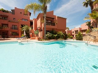 Elviria Holiday Apartment close to beach and amentities