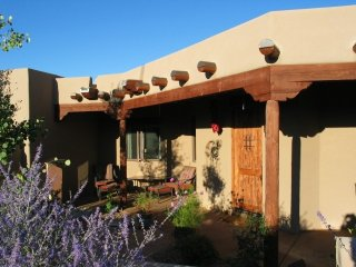 Designer home w/spectacular mt. views, Santa Fe
