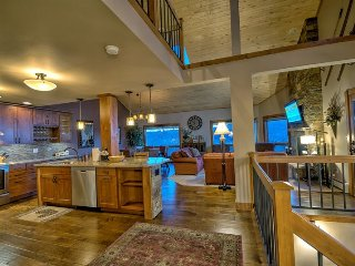 Exquisite Home With Fantastic Views, Steamboat Springs