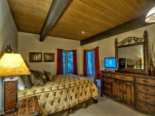 Ski In/Out Location at an AMAZING Price!, Steamboat Springs
