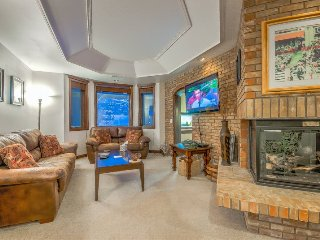 Mountainside Luxury Condo, Steamboat Springs