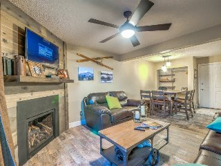 Beautifully Upgraded Mountain Condo