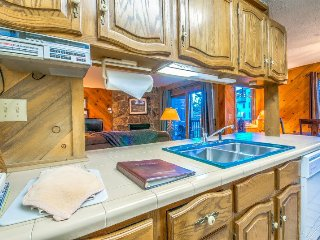 Steps to The Slopes, Large Condo With Garage and 2 Levels, Steamboat Springs