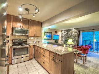 The Ultimate Ski-in Condo, Beautifully Upgraded 2BD/2BA Steamboat Springs Vacati