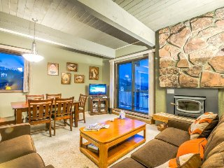 Ski In/Ski Out Condo with Huge Wrap Around Balcony and Fantastic Amenities!