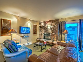 CURRENTLY ON SALE - Perfect Mountain Condo, Ski In