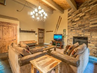 Spacious unit, beautifully upgraded, right across the slopes in Steamboat Spring