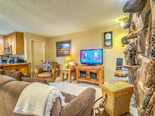 Ski In, Ski Out, GORGEOUS, Fantastic DEAL!!!, Steamboat Springs