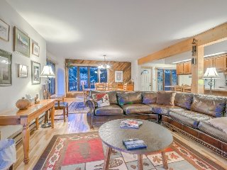 Spacious on 3 Levels, Private Hot Tub, Steamboat Springs