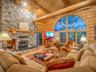 Perfect Mountain Log Home.