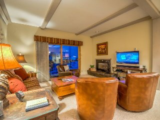 Completely Remodeled and Gorgeous Ski Condo