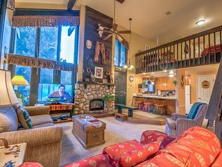 Great Ski Condo, Space, Location, Amenities and Value, Steamboat Springs