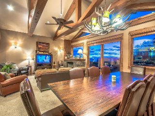 Eagles Overlook Luxury Gem, Steamboat Springs