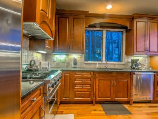 Gorgeous Home, Blocks From Gondola, Discounted Lift Tickets, Steamboat Springs