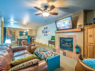 Right In The Heart Of Downtown - Amazing Location Year Round, Steamboat Springs
