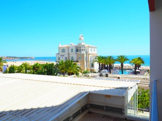Vistamar Apartments-LK, in front of the beach, see view, Portimao