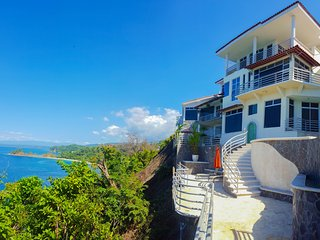 Villa Rocas del Mar Luxury Oceanfront Villa, Herradura