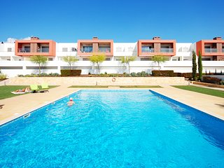 VITISMAR AF Modern ground floor apt in quality complex,3 pools,garden,AC,WiFi